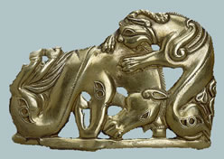Belt plate with a scene torment animals. Gold, casting. Sakskaya culture - 6th century BC
