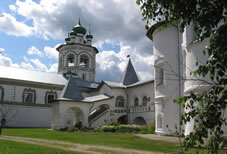 St. Nicholas Cathedral (1685) of St. Nicholas stavropegial Convent (early 15th c.) in the village of Vyazhishchi